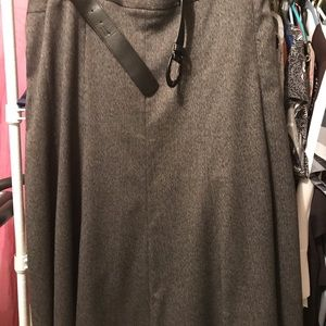 Dresses & Skirts - Women's Covington Grey Skirt size 16W